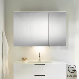 Burgbad Eqio Spiegelschrank mit LED-Beleuchtung mit 3-Türen weiß glänzend, mit Waschtischbeleuchtung
