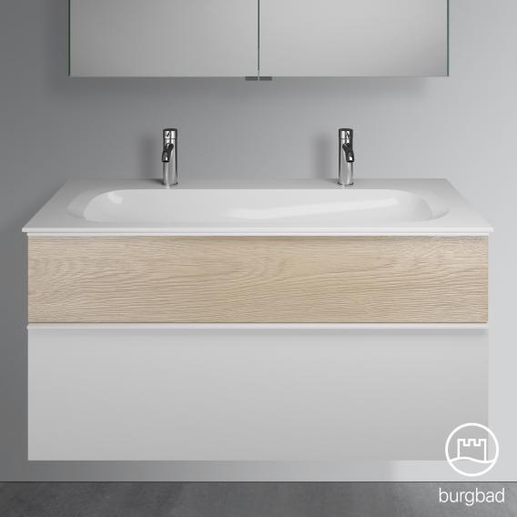 Burgbad Fiumo Doppelwaschtisch mit Waschtischunterschrank mit 2 Auszügen Front weiß matt/eiche cashmere dekor / Korpus weiß matt, Griffleiste weiß matt