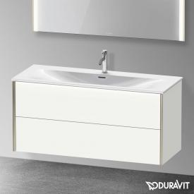 Duravit XViu Waschtischunterschrank mit 2 Auszügen weiß matt, Kante champagner matt, mit Einrichtungssystem Nussbaum